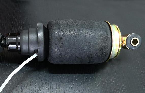气囊减震器检漏还在用水检,你OUT了!